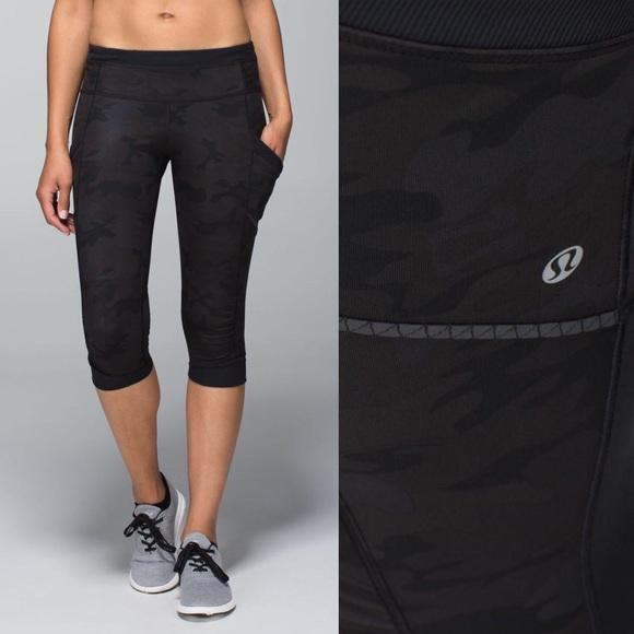 12b7daddd lululemon athletica Pants - Lululemon Camo Run For Fun Crop Full-On Luxtreme  4